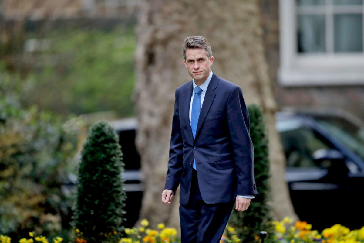 Sacked UK Defence Minister planned to invade Zimbabwe