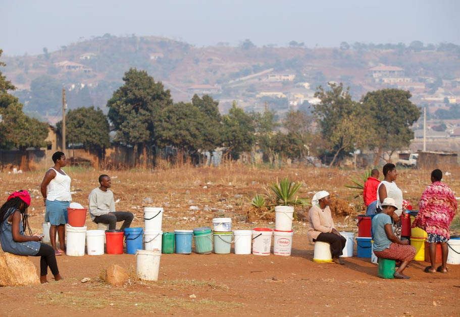 Zimbabwe's Capital Runs Dry as Taps Cut off for 2M People